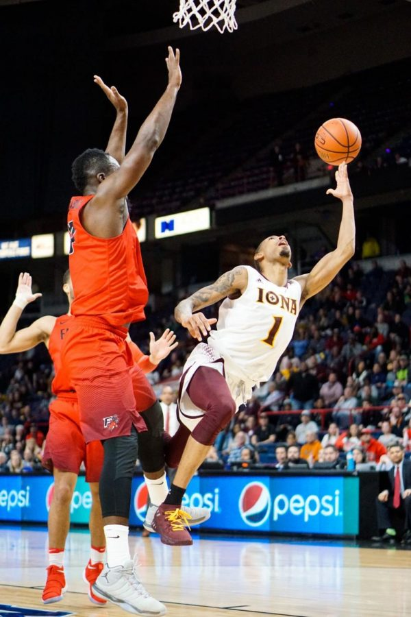 Graduate transfer Zach Lewis scored 20 points in the MAAC Championship against Fairfield on March 4.
