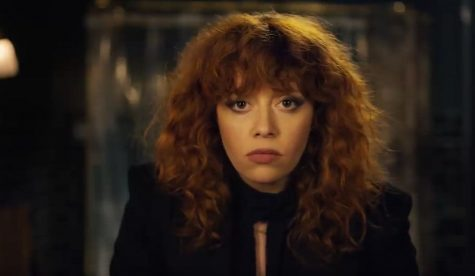 Natasha Lyonne stars in thought-provoking 'Russian Doll'