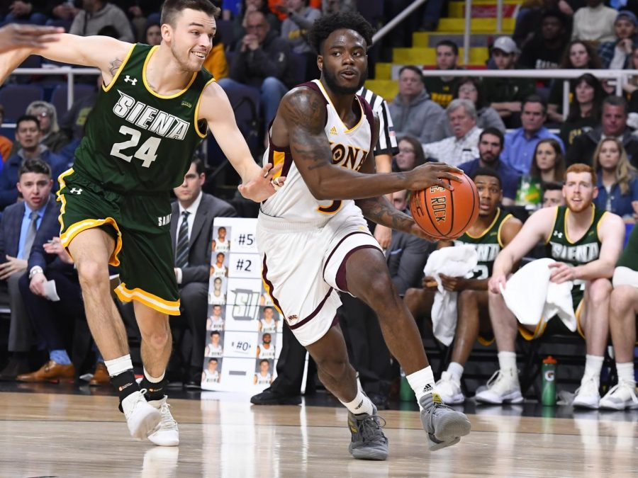 Iona junior guard Asante Gist finished with 22 points in the win against Siena.