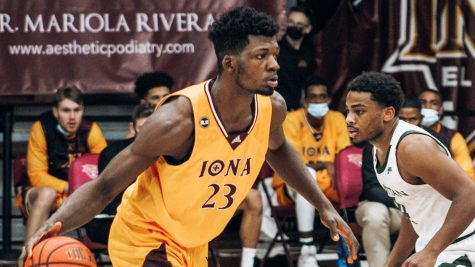 The Iona College men's basketball team achieved a season-high 54 points in one half against the Monmouth Hawks in this week's games. // Photo courtesy of icgaels.com.
